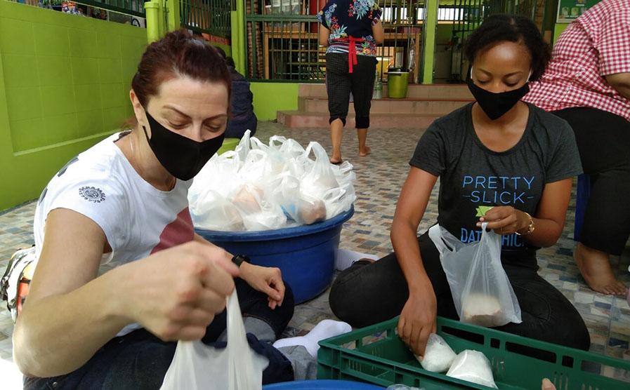 AppsFlyer COVID-19 response volunteering in Bangkok at the Mercy center